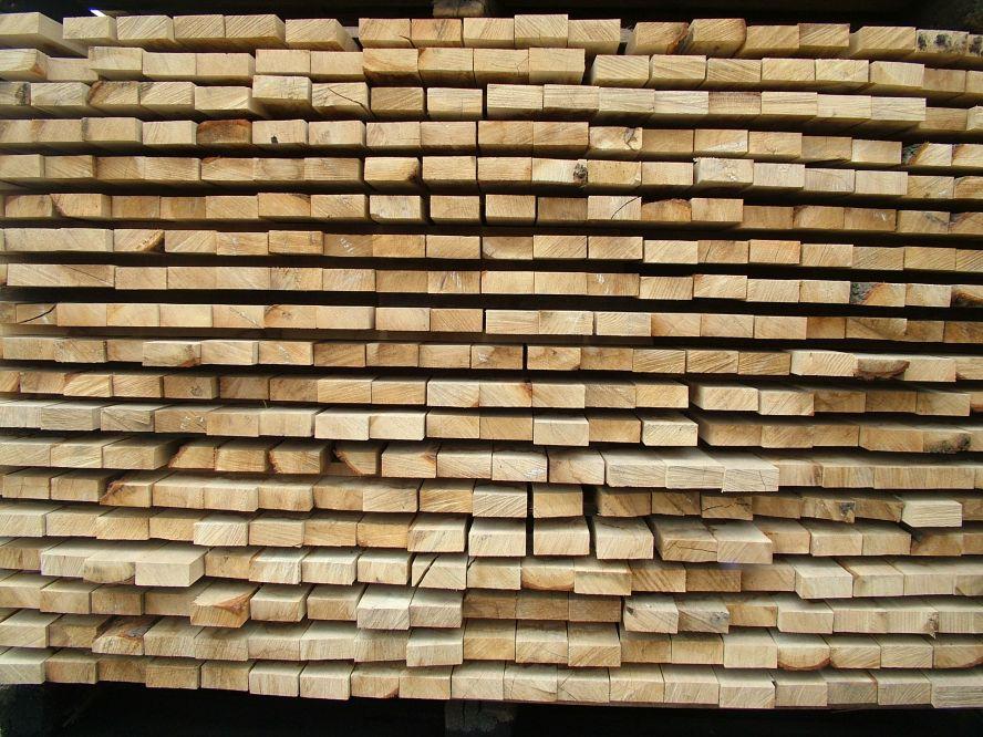 drewno w tartaku